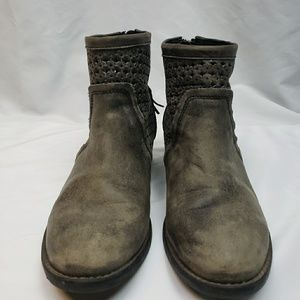 Very Volatile womens distressed ankle boots sz 10